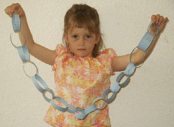paper chain craft for kids